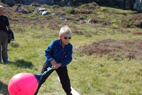 Trym Solsem vant i klassen 0-6 år, med 6, 6 m  (ikke Trym på bildet)
