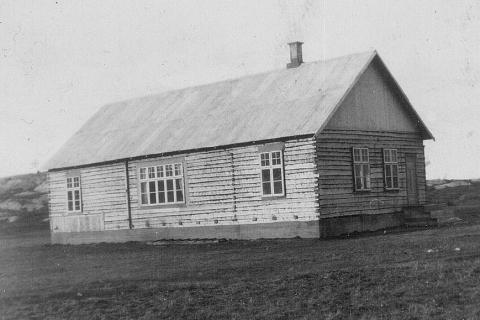 Det gamle ungdomshuset, Lidskjalv, som brant ned etter en fest i juli 1973.